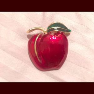 Jewelry - Vintage Bright apple Pin